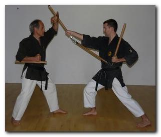 Tonfa contre Sansetsukon