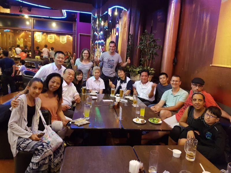 Repas à Naha avec les Maîtres Murayama et Matayoshi