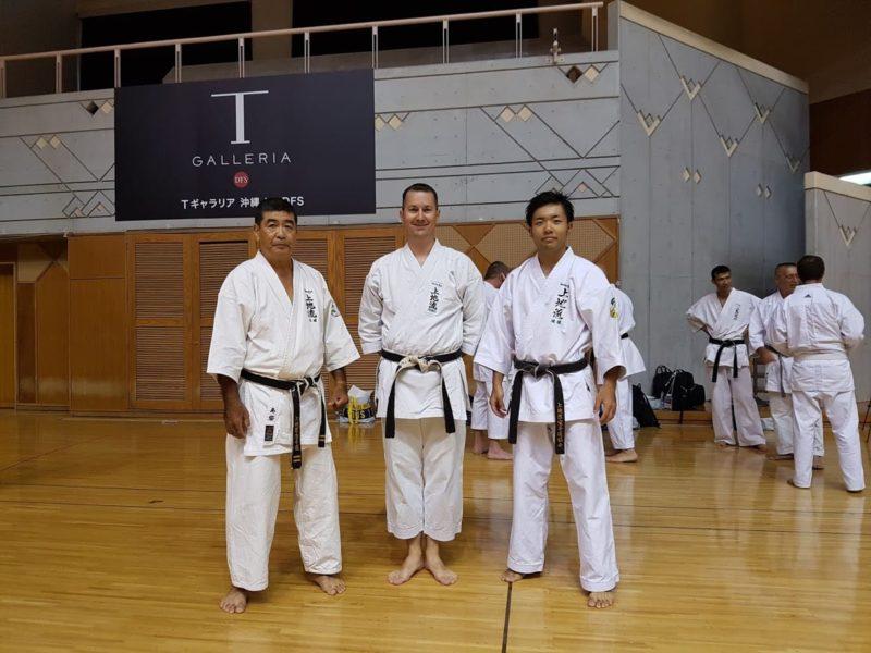 Haruyoshi SHIMABUKURO et son fils Taiki