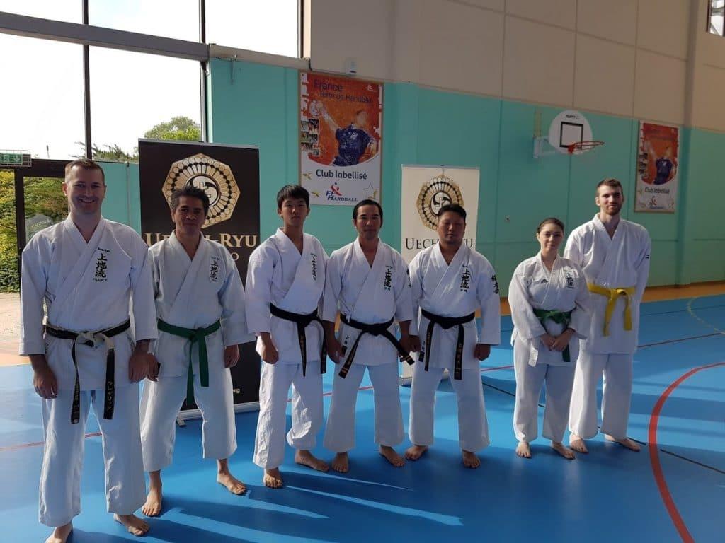 le club Budo-Provence avec les frères Uechi